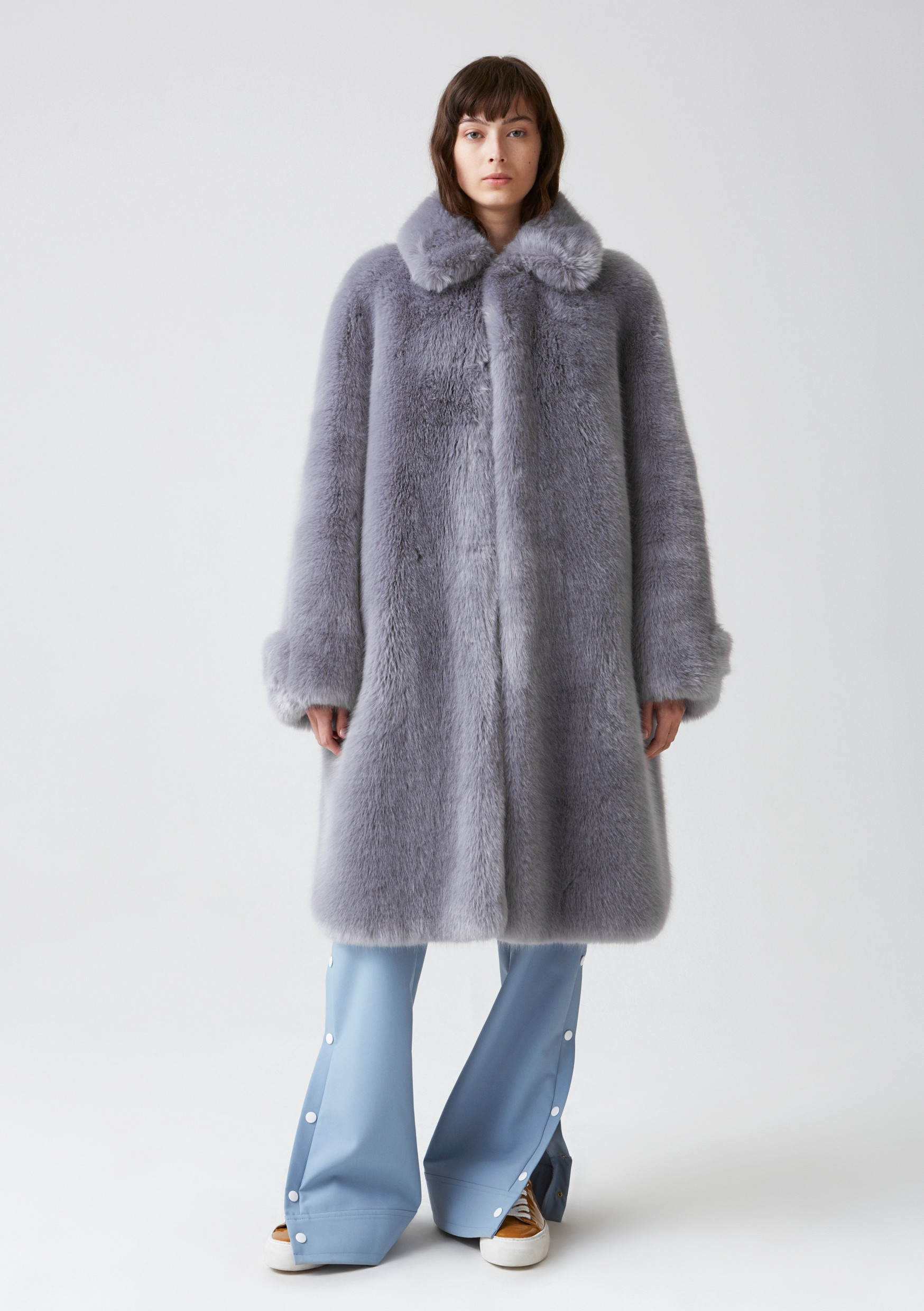 hope-viva-fur-coat-blue-grey-front_1
